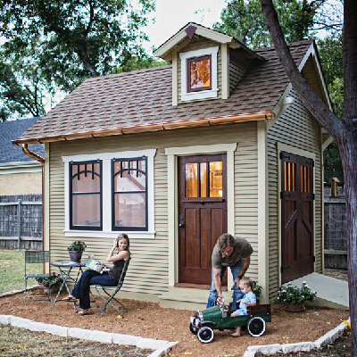 This 140 sq. ft. tiny bungalito is an authentic craftsman structure, built from scratch. (Red River Restorations)