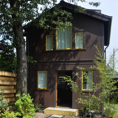 Stephanie & Sam Dyer built this 452 sq. ft. Portland home for $110,000. It is used to house their visiting families and also gets rented out. (Accessory Dwellings)