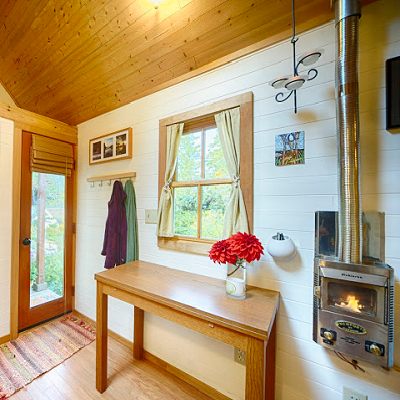 Posts about tiny house fireplaces written by tinyhousejoy1