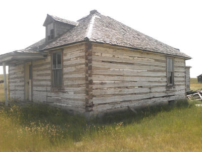 TWITTER - Here's a 100-year-old Montana homestead, one of two reclaimed for Twitter's headquarters. (marinij.com)
