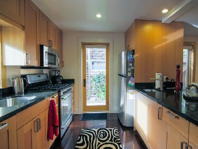 Tiny House Kitchen Tinyhousejoy
